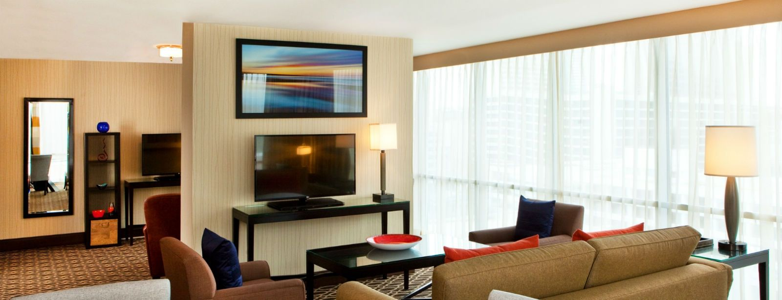 Executive Suite Guestroom